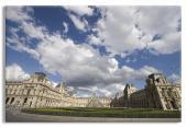 Louvre Scene